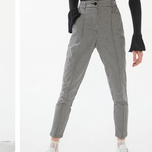 UO Plaid Tapered Mom Pant
